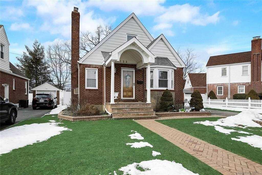 123 Martin Avenue, Hempstead, NY 11550 - MLS#: 3289023