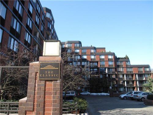 Photo of 50 E Hartsdale Avenue #3O, Hartsdale, NY 10530 (MLS # H6092024)