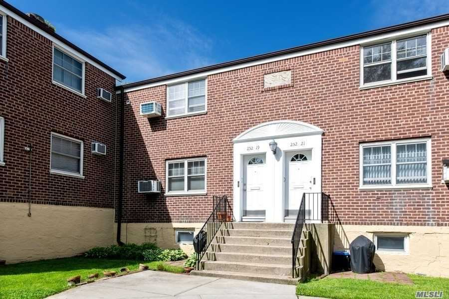 252-19 60th Avenue #Upper, Little Neck, NY 11362 - MLS#: 3218024