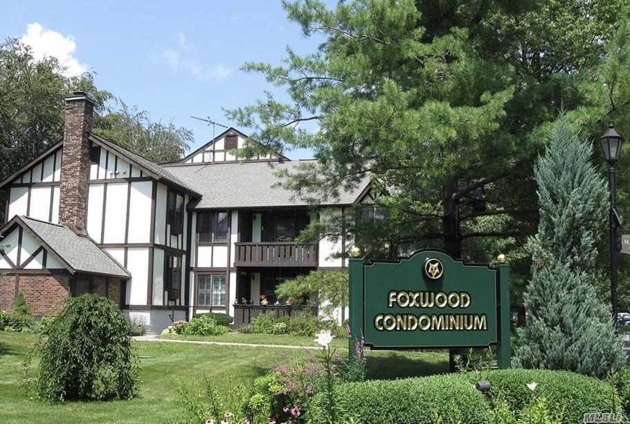 Photo of 24 Foxwood Drive #F6, Mount Pleasant, NY 10570 (MLS # 3265024)
