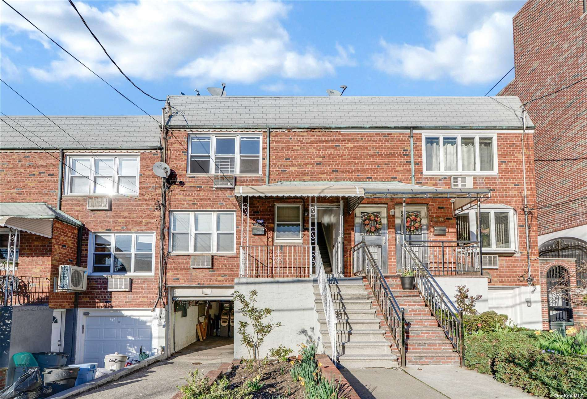 66-77 73rd Place, Middle Village, NY 11379 - MLS#: 3304025
