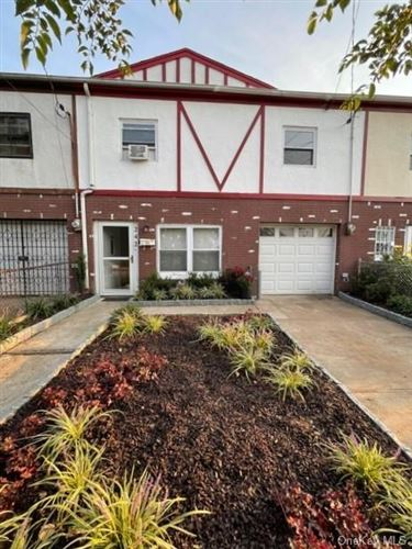 Photo of 242 Continental Place, Staten Island, NY 10303 (MLS # H6143026)