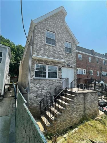 Photo of 4824 Robertson Street, Bronx, NY 10470 (MLS # 3324027)