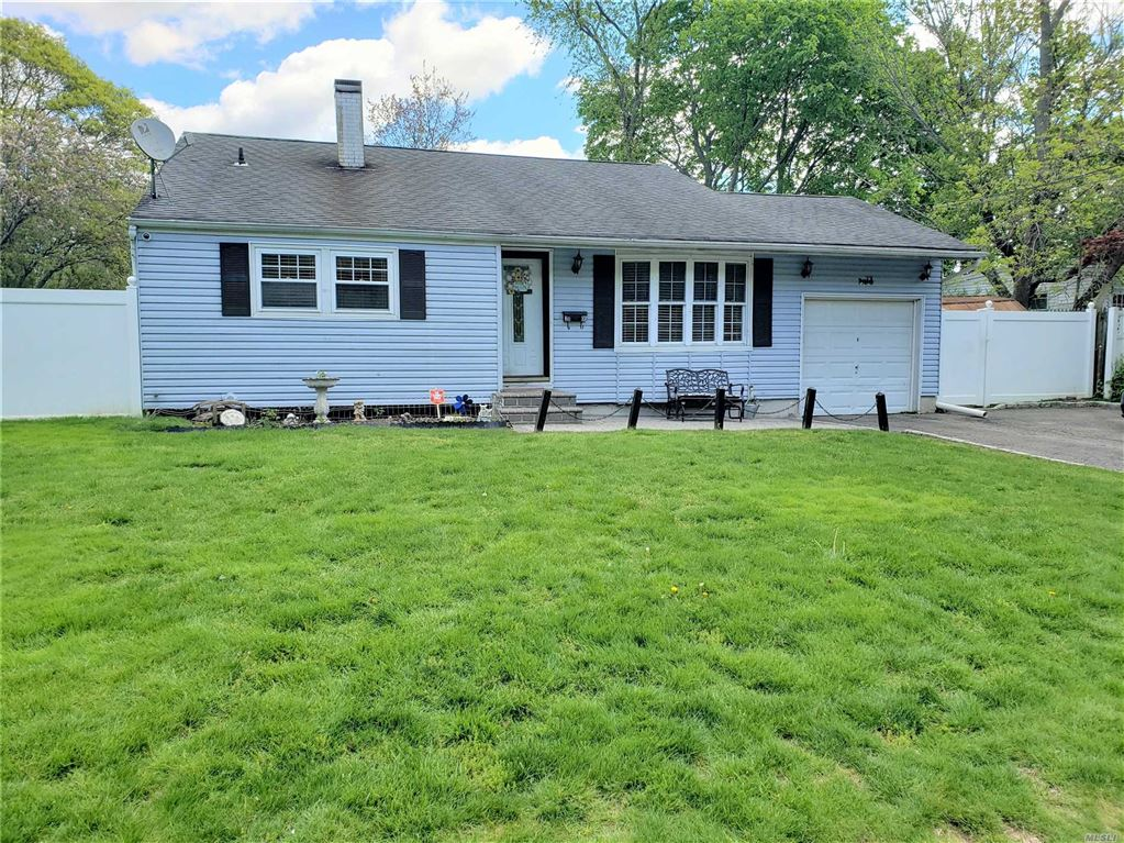 2805 Devon Avenue, Medford, NY 11763 - MLS#: 3129028