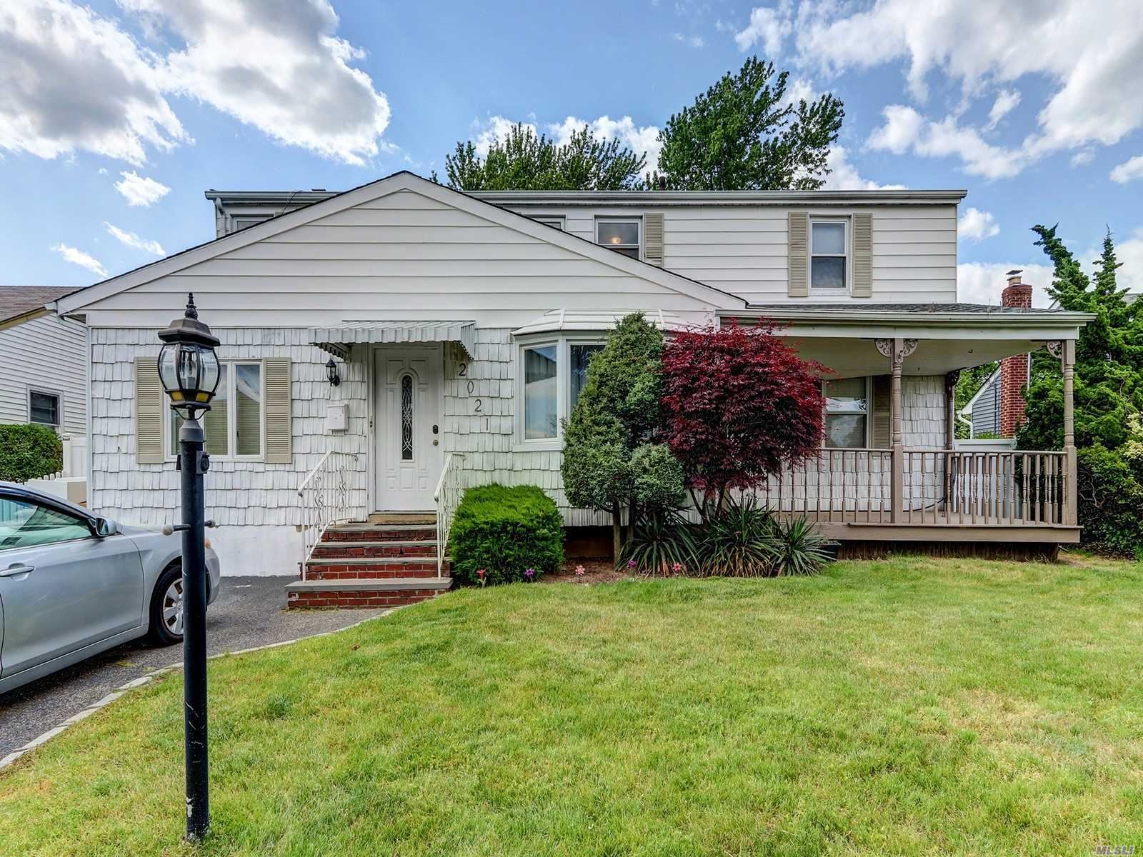 2021 Central Dr South, East Meadow, NY 11554 - MLS#: 3213029
