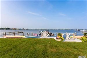 Photo of 4 Coxs Cove Rd, Westhampton Bch, NY 11978 (MLS # 3147031)