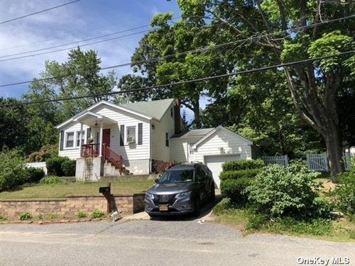 Photo of 78 Beech Street, Lake Grove, NY 11755 (MLS # 3320031)