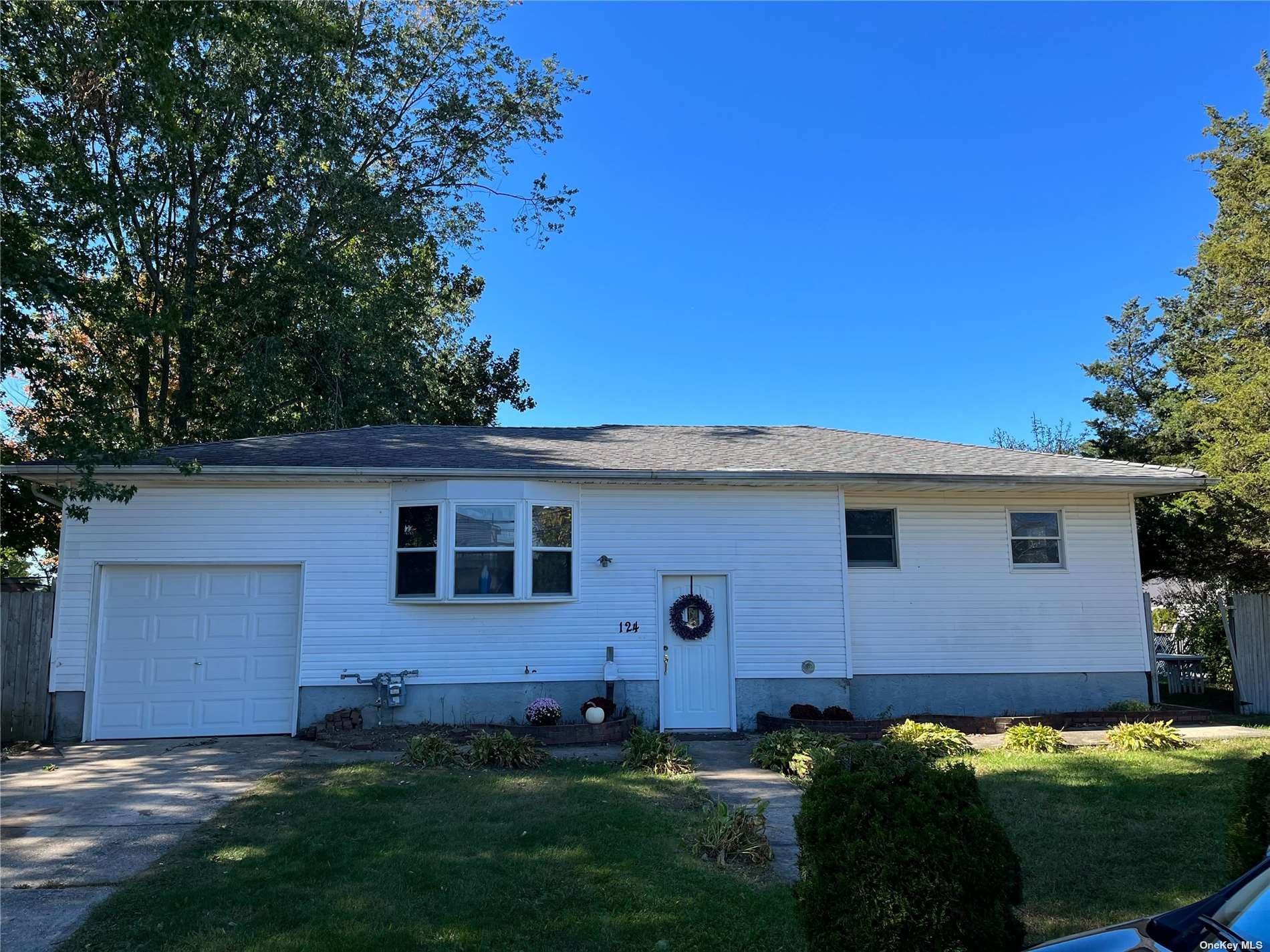 124 Gibson Avenue, Brentwood, NY 11717 - MLS#: 3354031