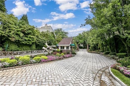 Photo of 91 Waterside Close, Eastchester, NY 10709 (MLS # H6058032)