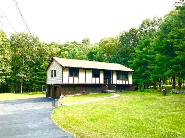 Photo for 20 Shafer Heights Road, Glen Spey, NY 12737 (MLS # H6071032)