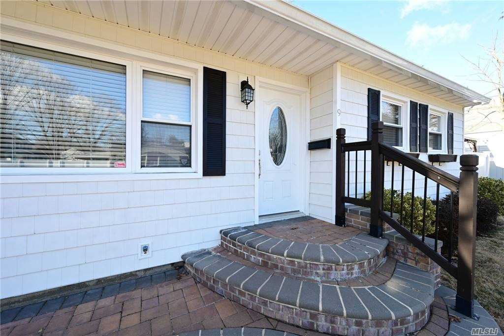 9 W Haven, East Northport, NY 11731 - MLS#: 3283035