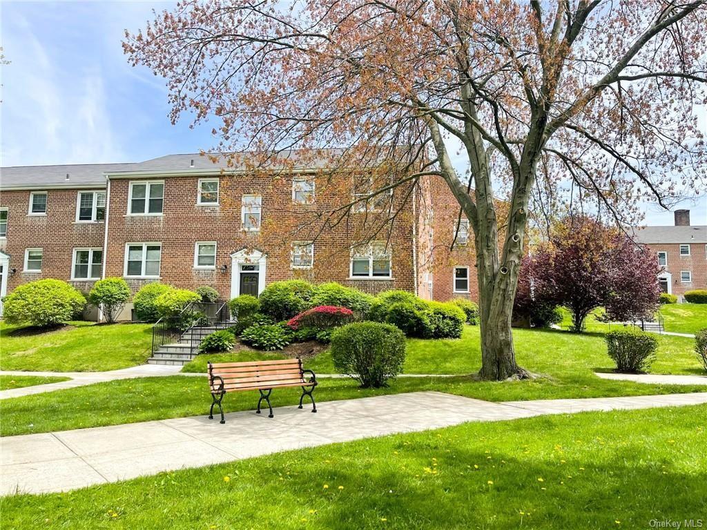 Photo of 260 Church Street #5B1, White Plains, NY 10603 (MLS # H6114036)