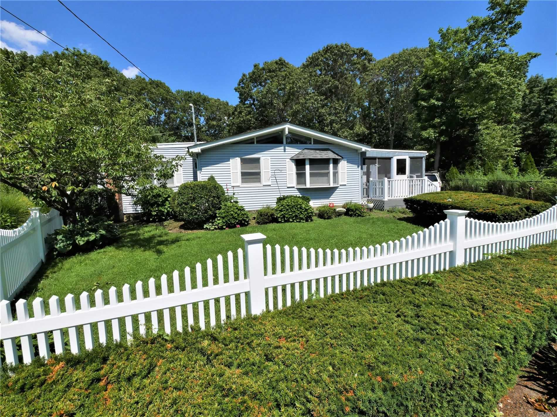 3 S Bicycle Path, Selden, NY 11784 - MLS#: 3240037
