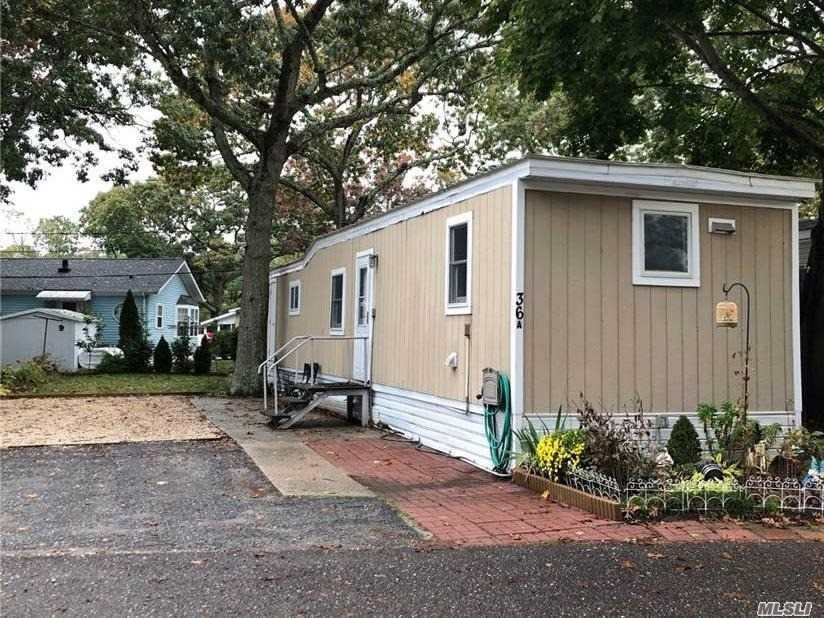 37-36 Hubbard Avenue, Riverhead, NY 11901 - MLS#: 3265038