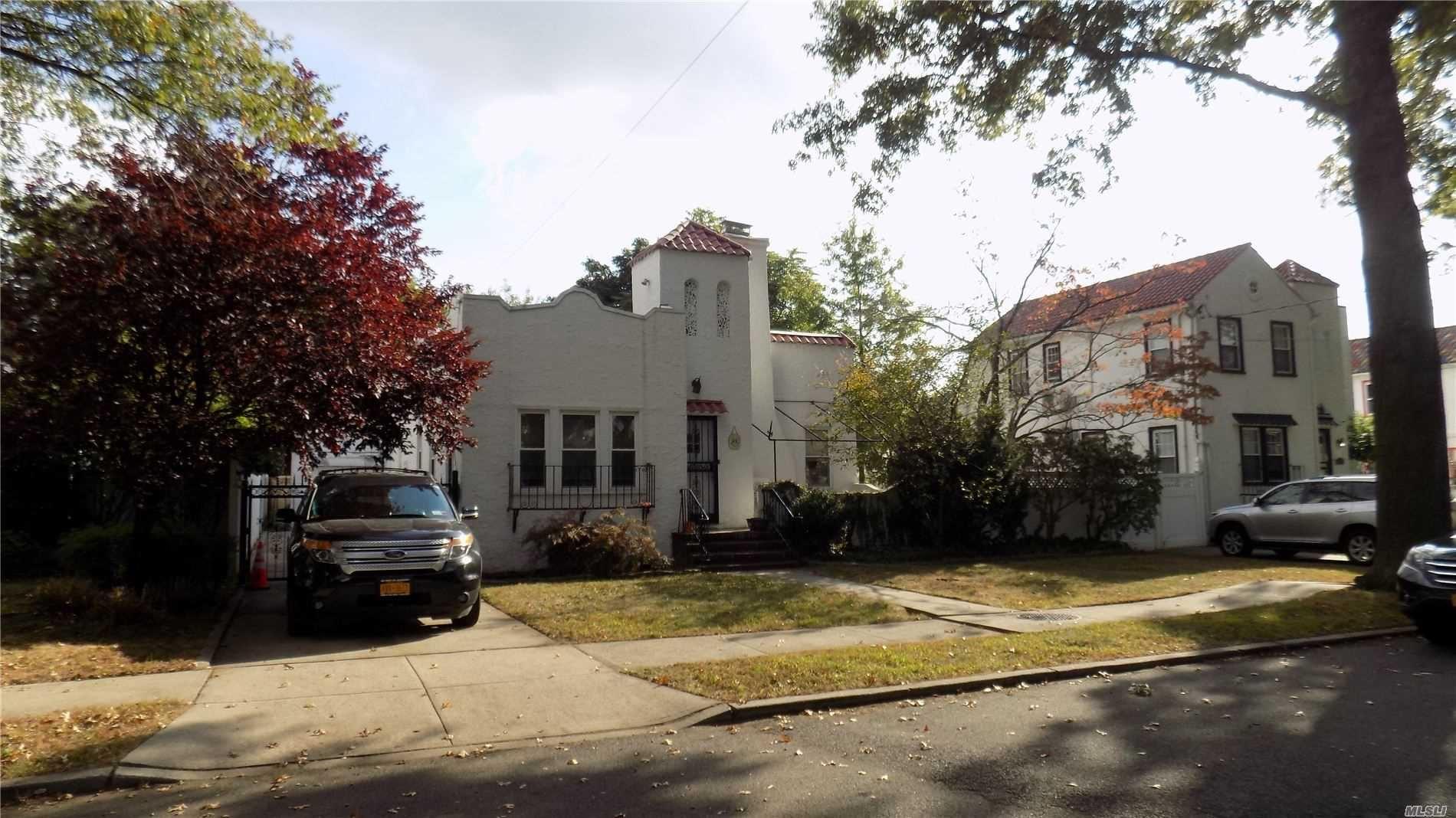 82-43 233 Street, Bellerose Manor, NY 11427 - MLS#: 3176039