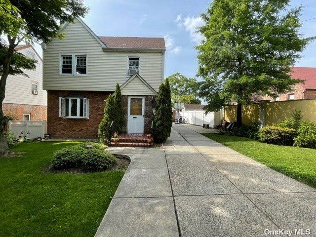 248 Cambria Ave, Little Neck, NY 11362 - MLS#: 3353039