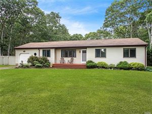 Photo of 32 Squires Ave, E. Quogue, NY 11942 (MLS # 3164041)