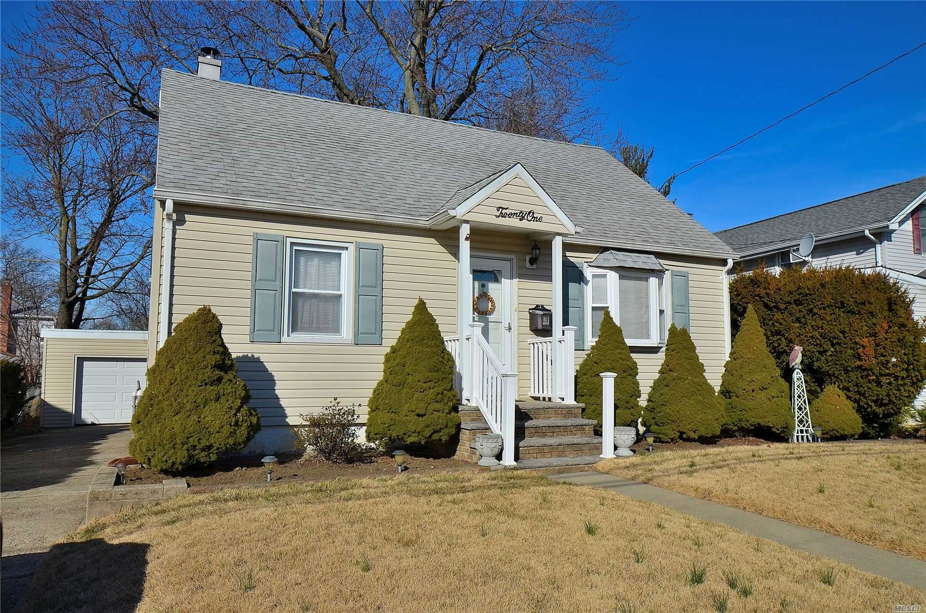 21 Bismark Avenue, Valley Stream, NY 11581 - MLS#: 3196043