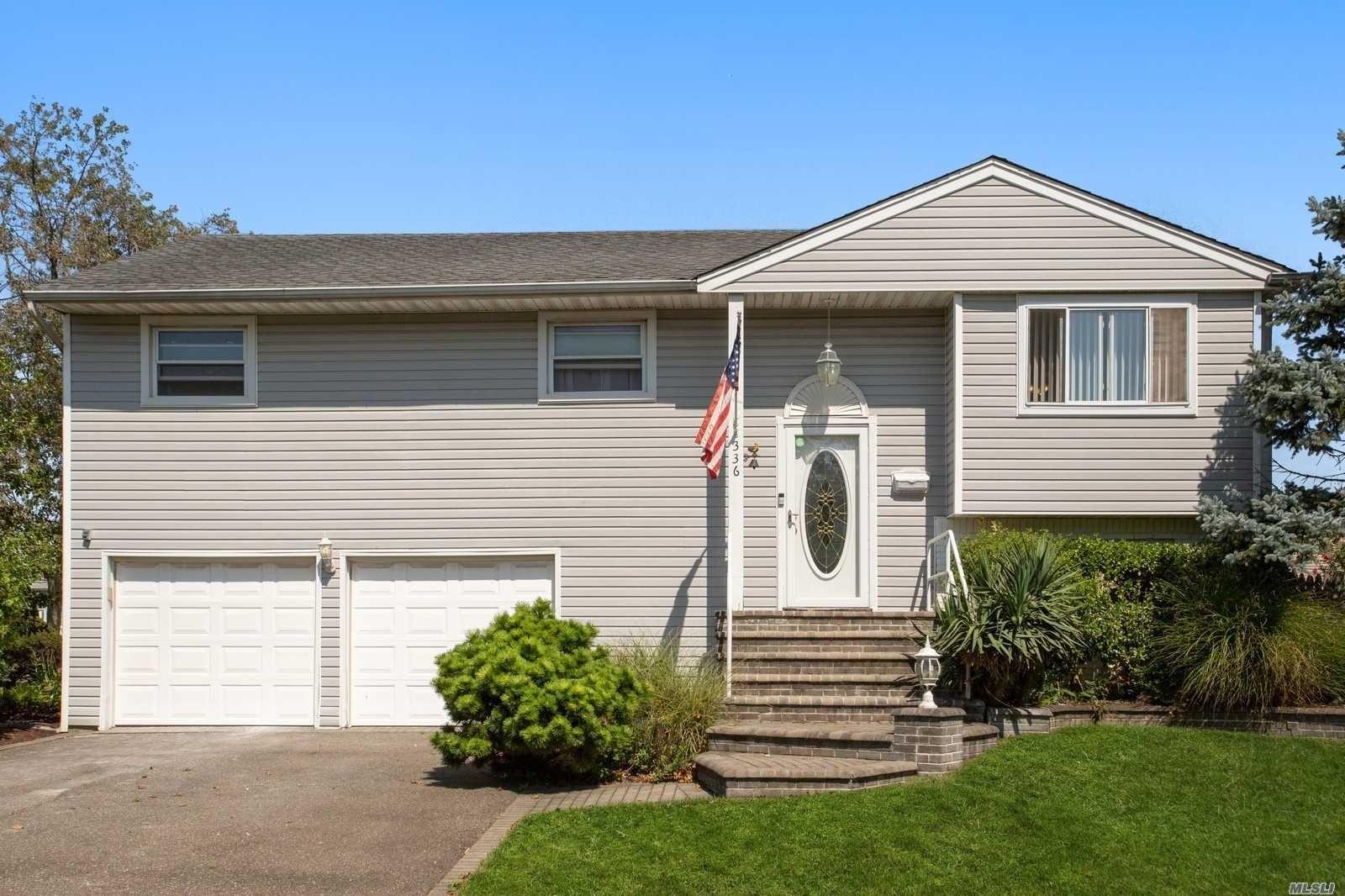 336 W Waukena Avenue, Oceanside, NY 11572 - MLS#: 3246044