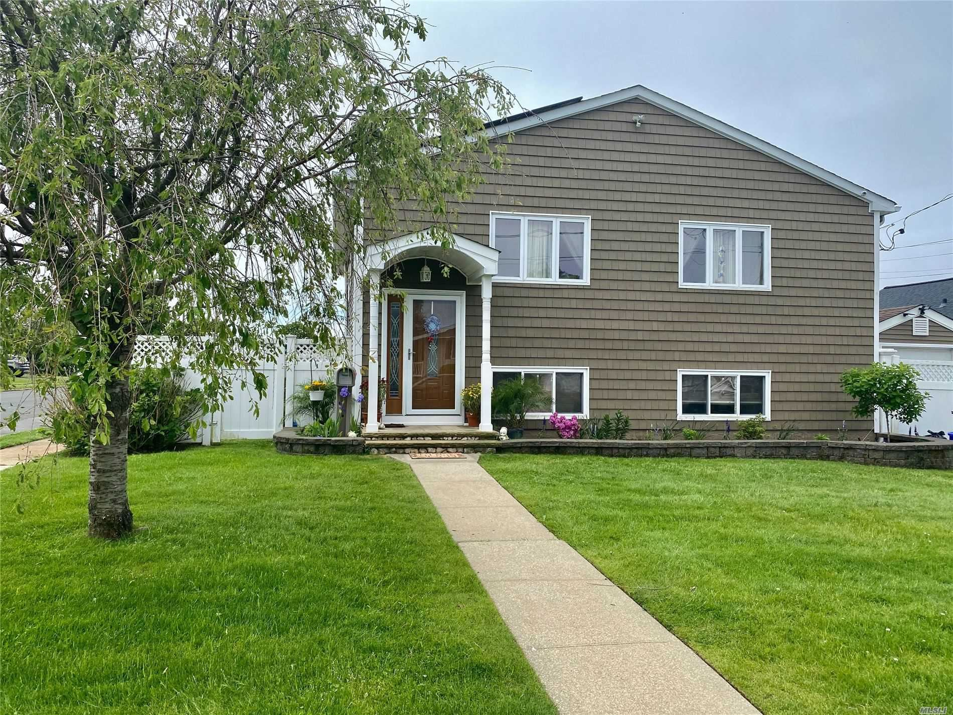 24 India Pl, Amity Harbor, NY 11701 - MLS#: 3217045