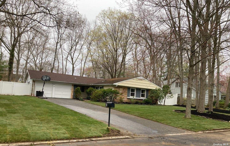 7 Sandstone Lane, Stony Brook, NY 11790 - MLS#: 3301047