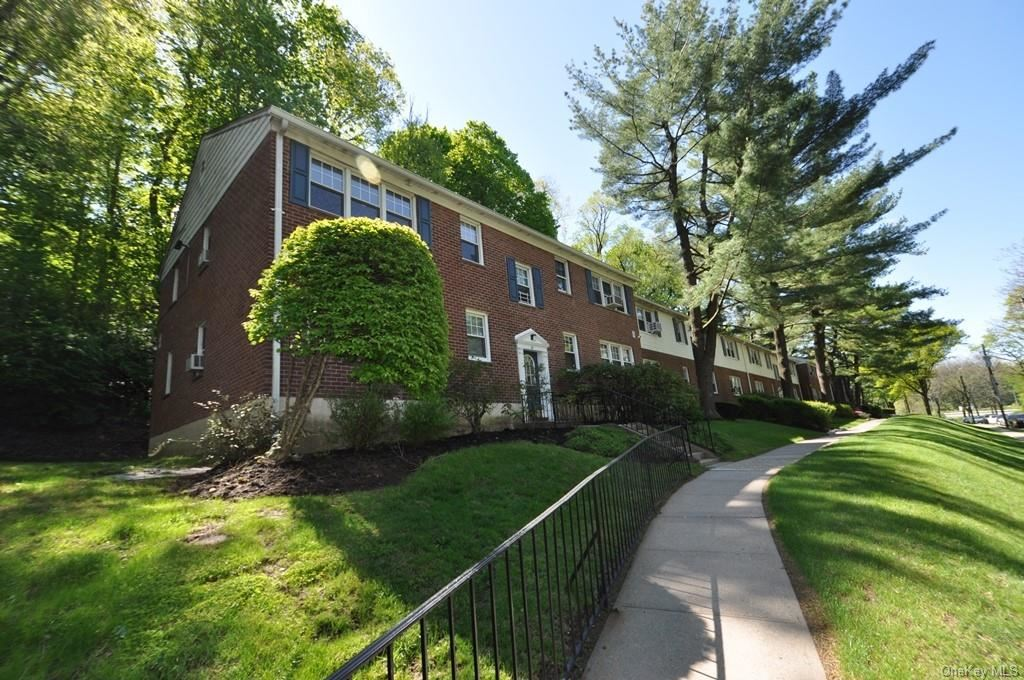 Photo of 74 Underhill Avenue #2B, West Harrison, NY 10604 (MLS # H6100049)