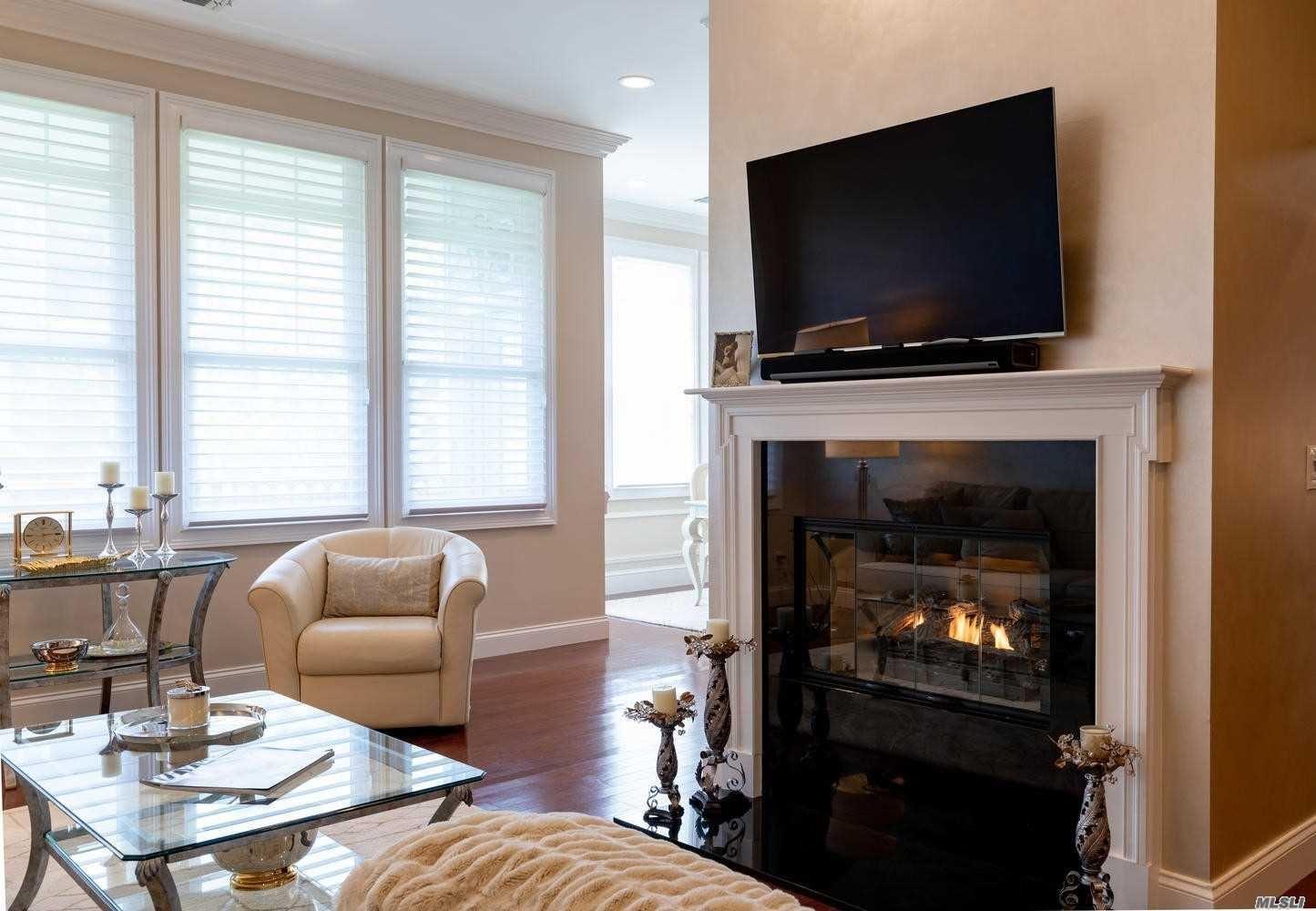 268 Roosevelt Way, Westbury, NY 11590 - MLS#: 3216050