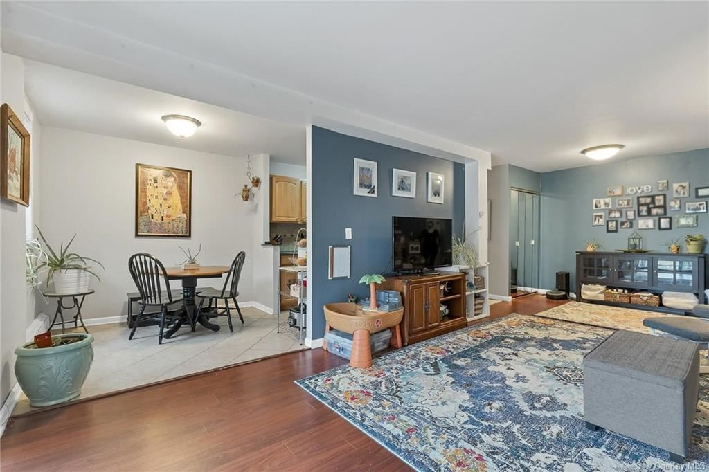 Photo of 25 Stewart Place #516, Mount Kisco, NY 10549 (MLS # H6114051)