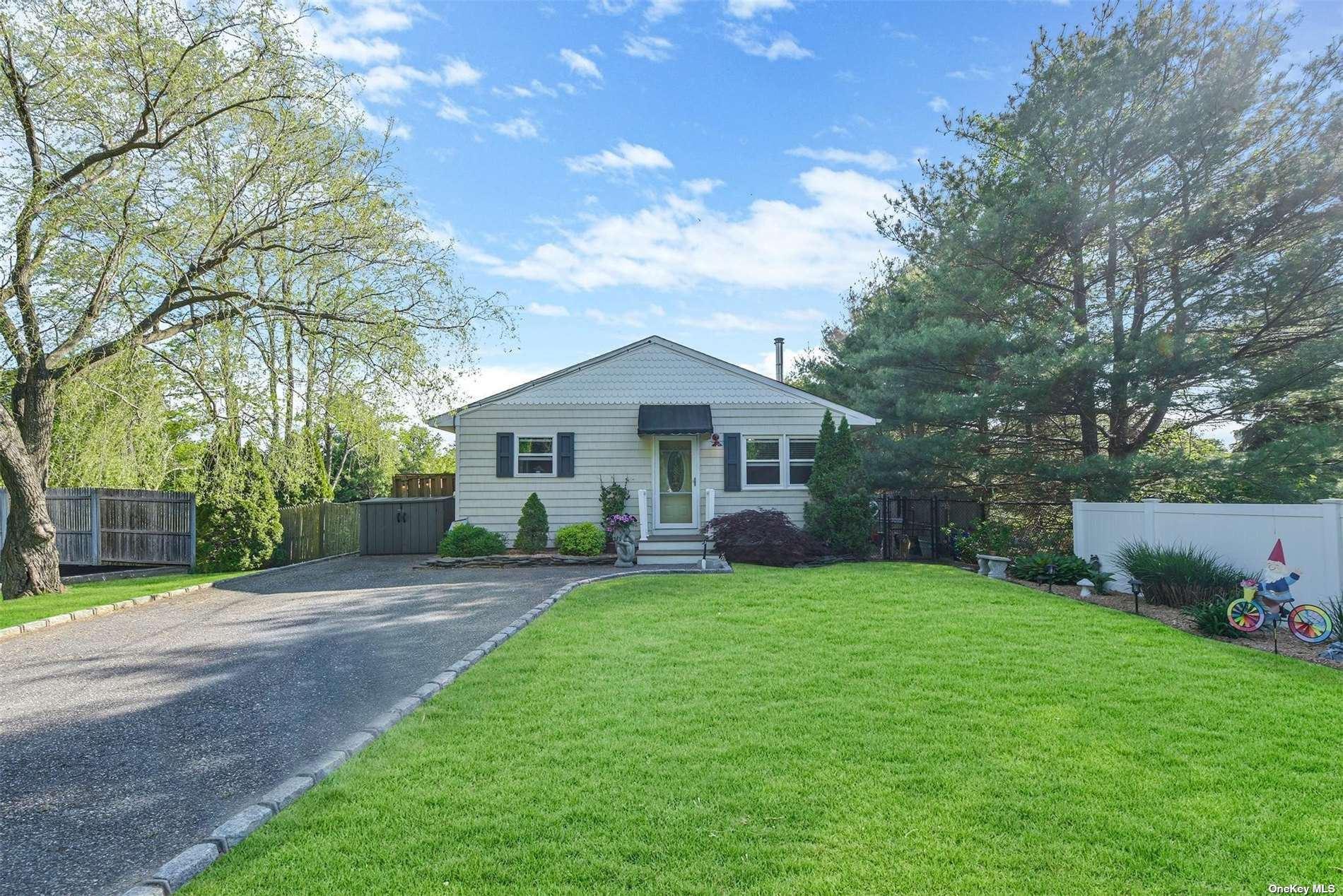 186 Eastport Manor Road, Manorville, NY 11949 - MLS#: 3315052