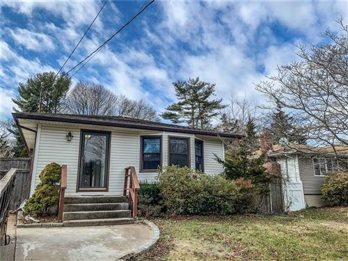 Photo of 72 S Evergreen Dr, Selden, NY 11784 (MLS # 3178053)