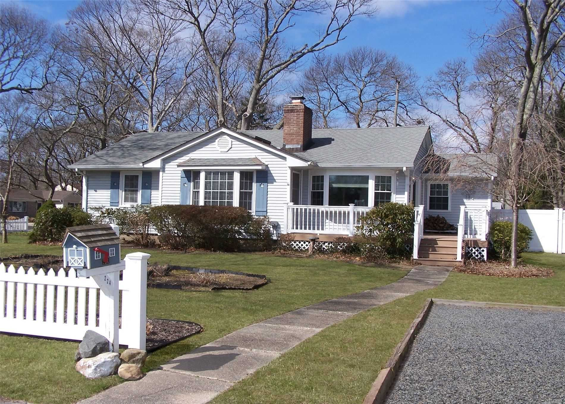 224 Clinton Avenue, Patchogue, NY 11772 - MLS#: 3209053