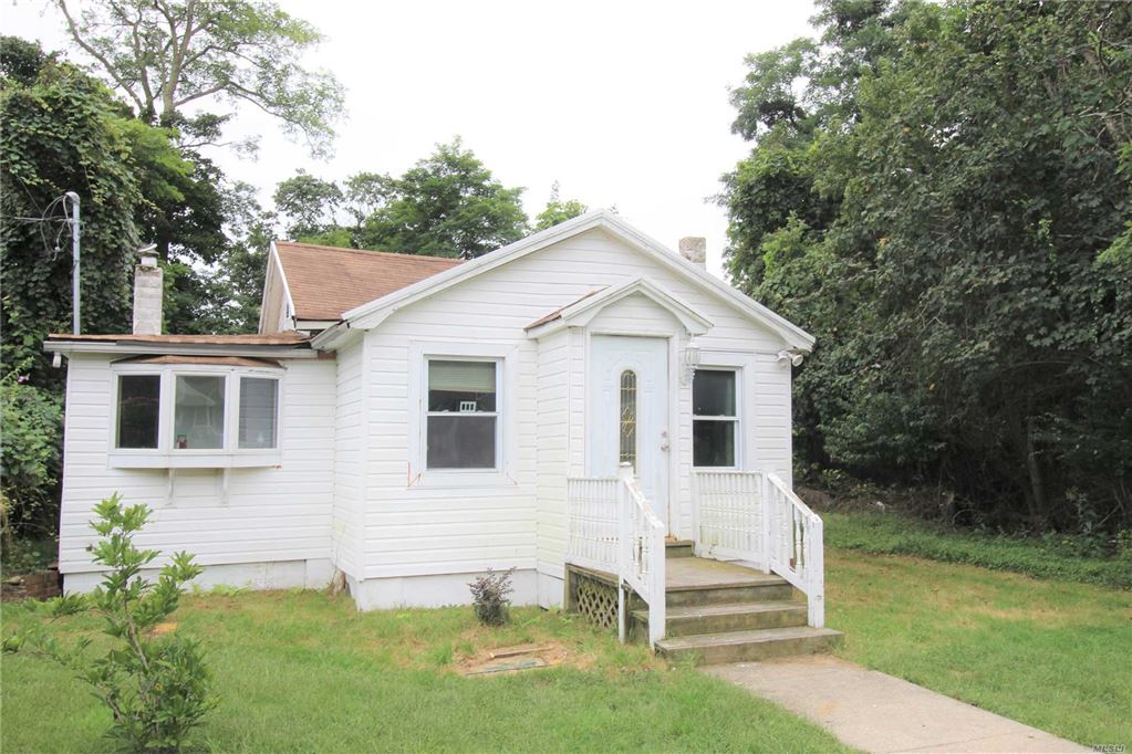 18 Cedar Road, Mastic Beach, NY 11951 - MLS#: 3119054