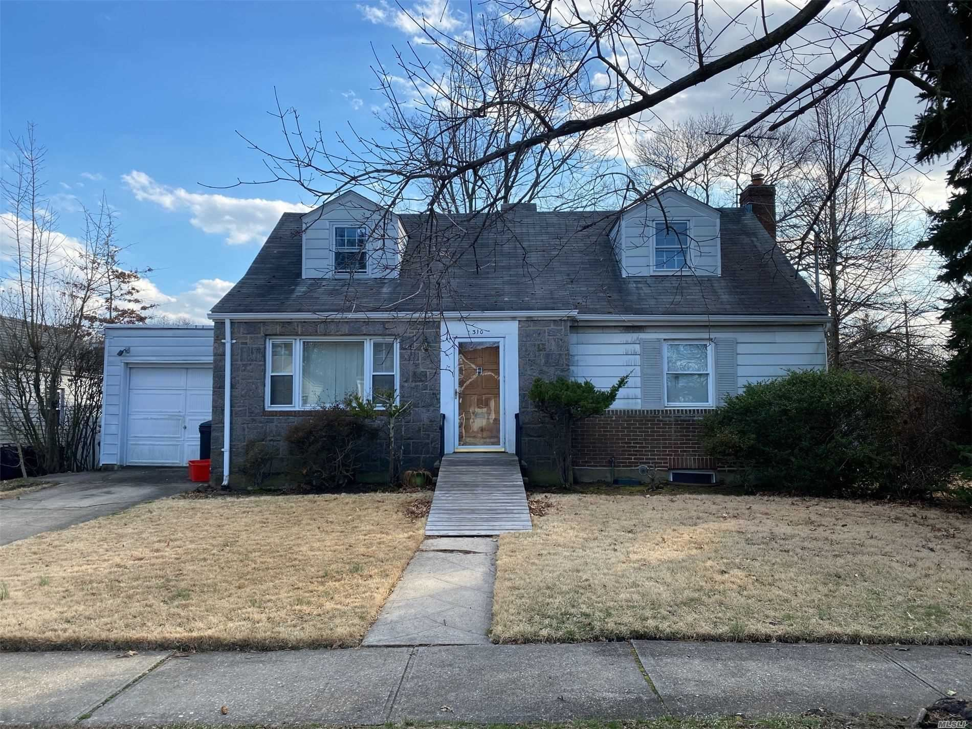 310 Laurel Rd, West Hempstead, NY 11552 - MLS#: 3213054
