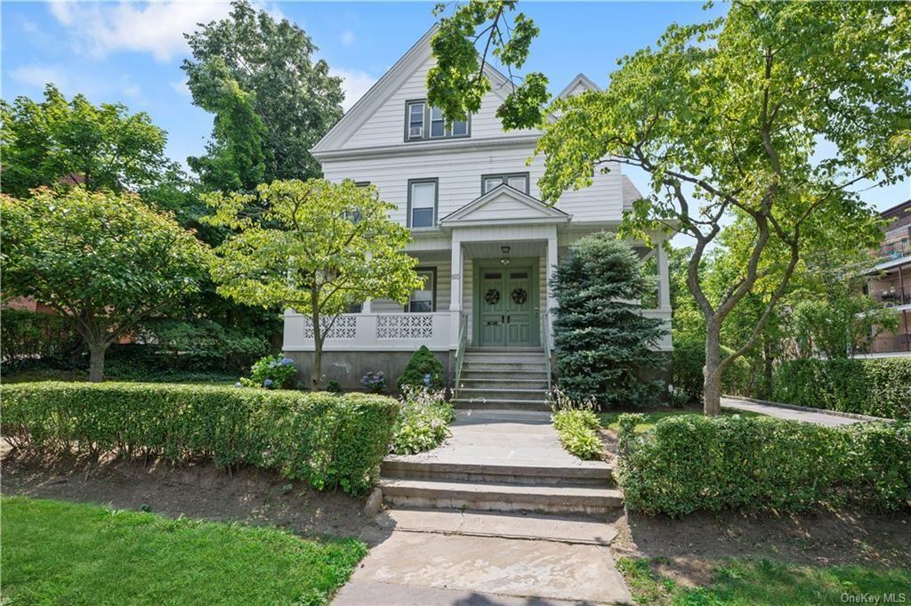 165 Meadow Lane, New Rochelle, NY 10805 - #: H6130055