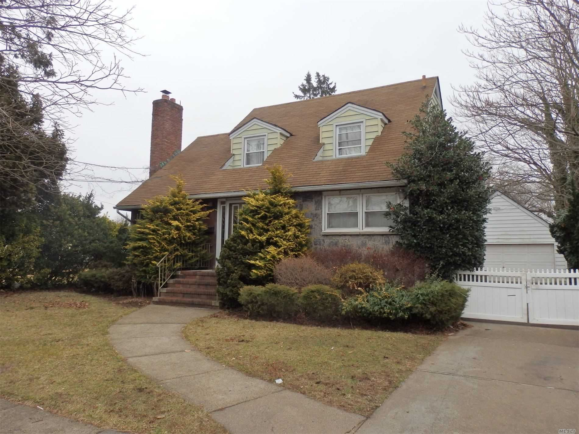11 Short Place, Hempstead, NY 11550 - MLS#: 3226056