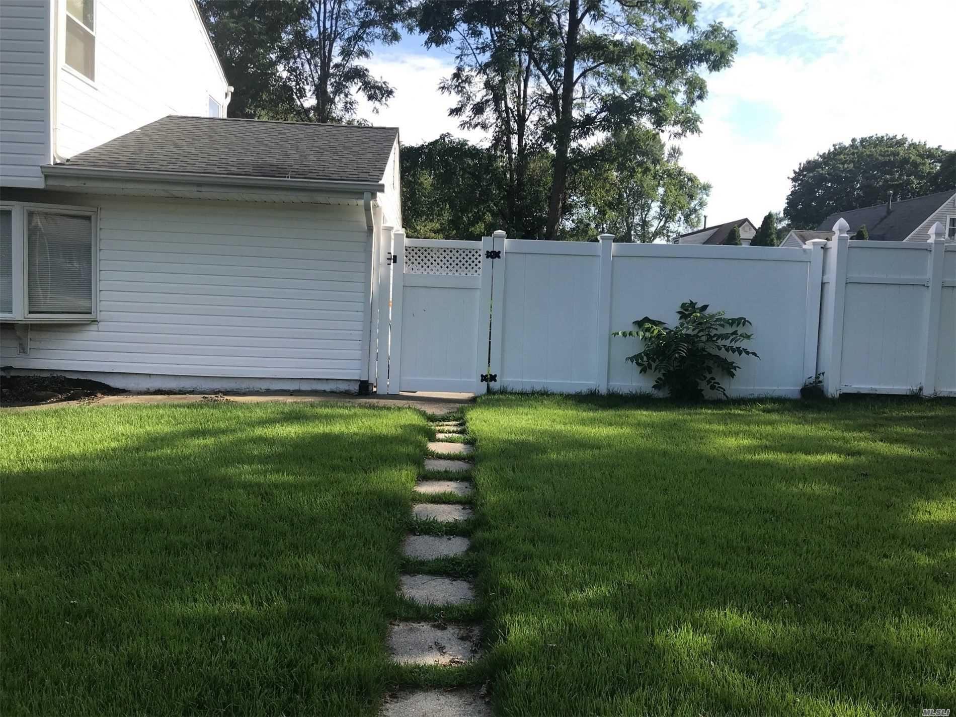 18 Wyandotte Street, Selden, NY 11784 - MLS#: 3243056