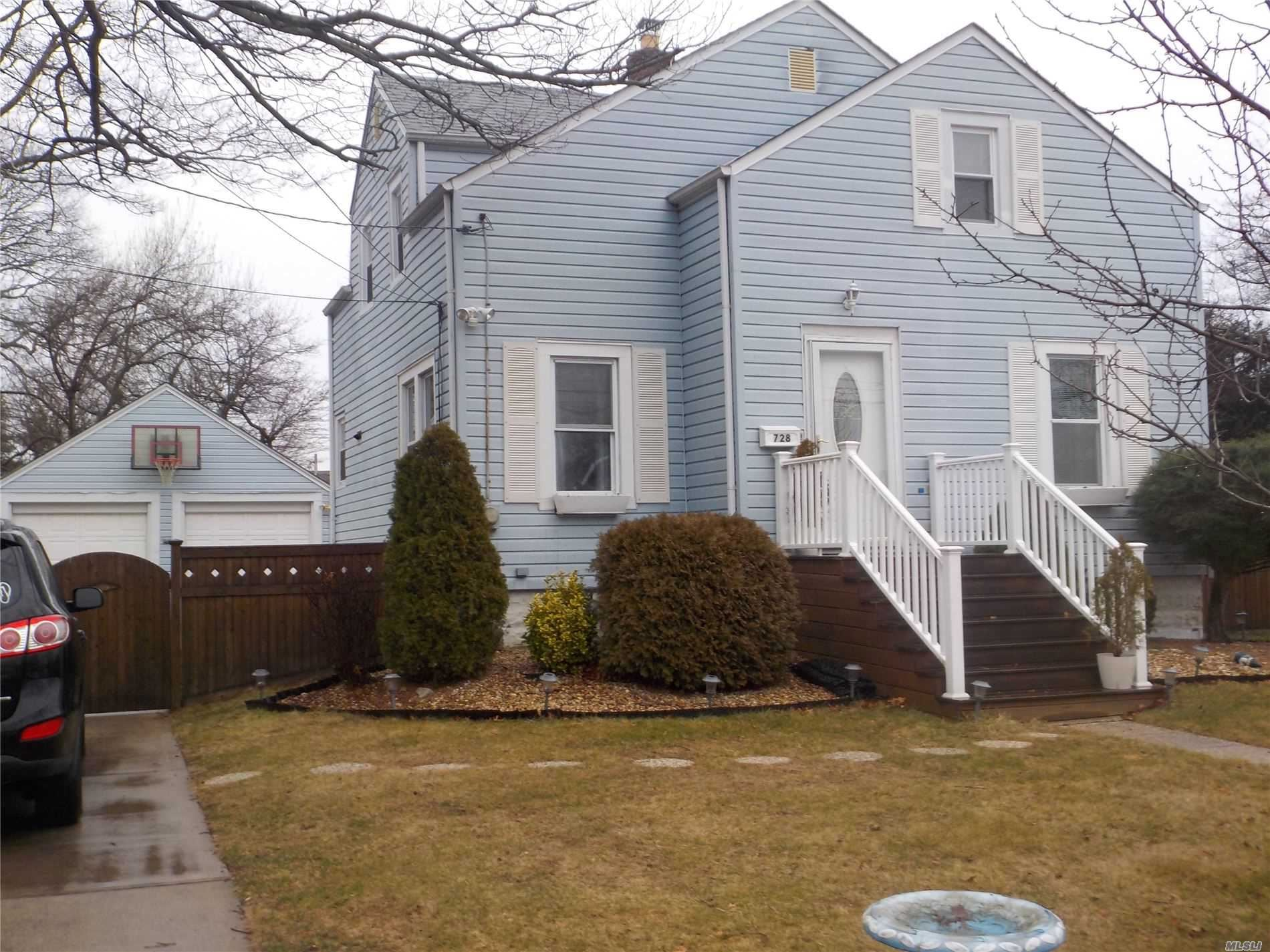 728 Mccall Avenue, West Islip, NY 11795 - MLS#: 3203062