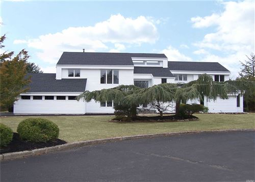 Photo of 6 Miller Farms Ct, Miller Place, NY 11764 (MLS # 3197064)