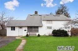 40 Hidden Ln, Westbury, NY 11590 - MLS#: 3233064