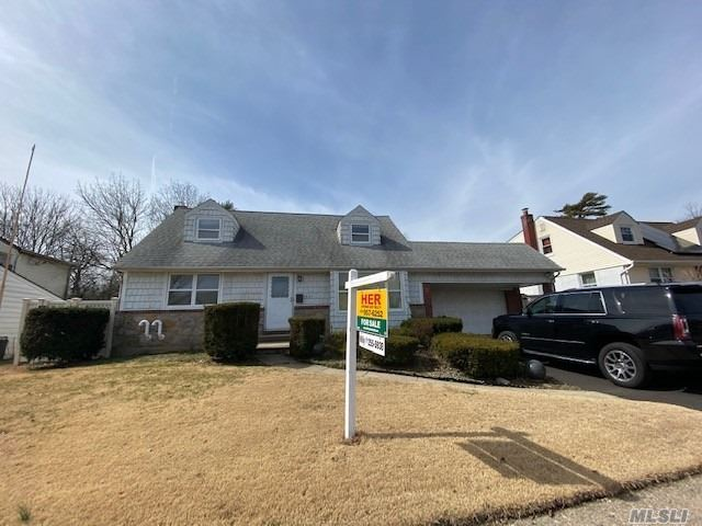 154 Peters Ave, East Meadow, NY 11554 - MLS#: 3241064