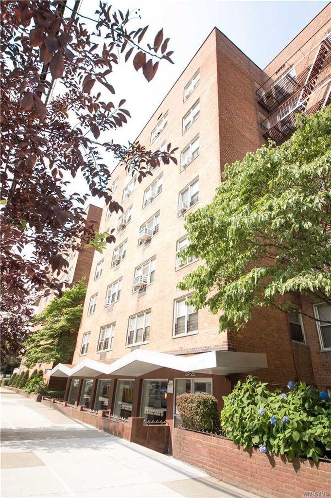 34-20 Parsons Boulevard #2V, Flushing, NY 11354 - MLS#: 3151066