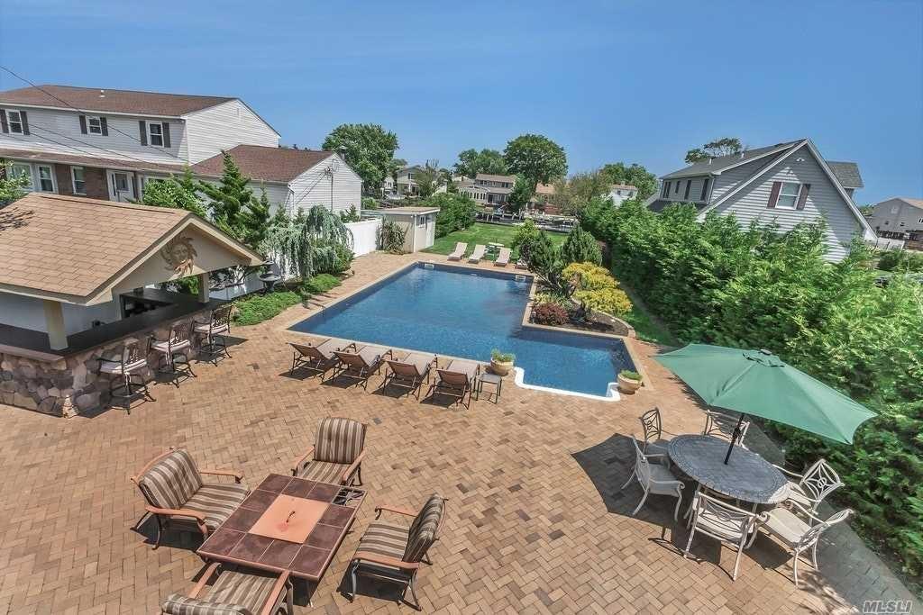 135 Ocean Avenue, Massapequa, NY 11758 - MLS#: 3204067