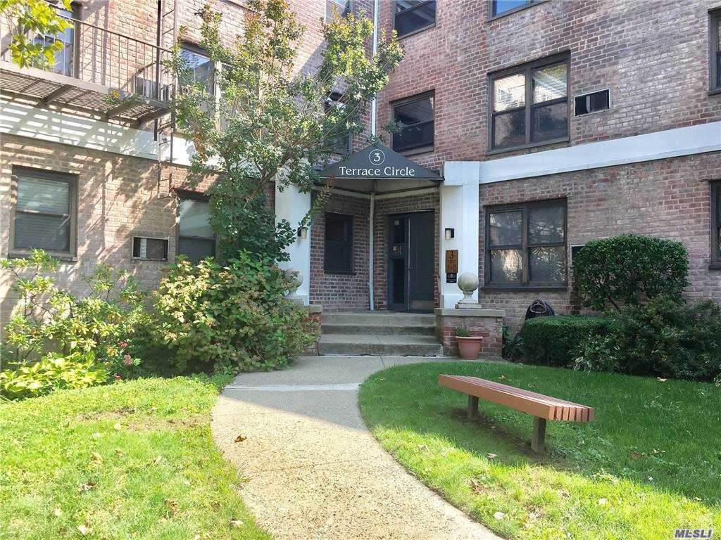 3 Terrace Circle #1A, Great Neck, NY 11021 - MLS#: 3257067
