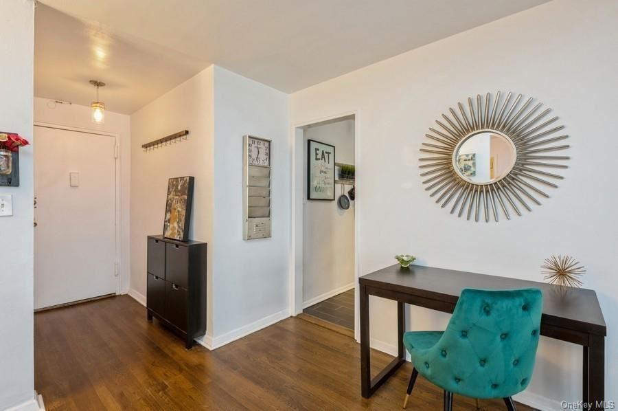 Photo of 111 E Hartsdale Avenue #5H, Hartsdale, NY 10530 (MLS # H6112067)