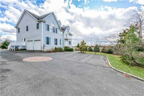 Photo of 465 Sound Shore Road, Riverhead, NY 11901 (MLS # 3283068)