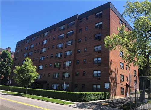 Photo of 222 N Broadway #4A, Yonkers, NY 10701 (MLS # H6041068)