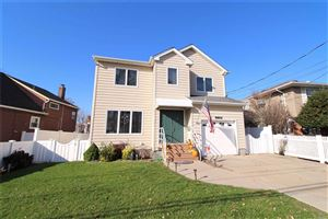 Photo of 360A Bayside Ave, Oceanside, NY 11572 (MLS # 3181070)