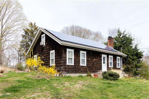 Photo of 84 N Cartwright Road, Shelter Island, NY 11964 (MLS # 3296070)