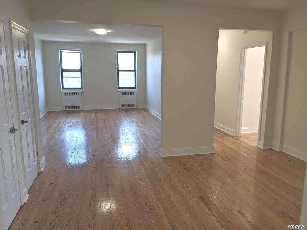 24-27 43rd Street #2nd Fl, Astoria, NY 11103 - MLS#: 3206072