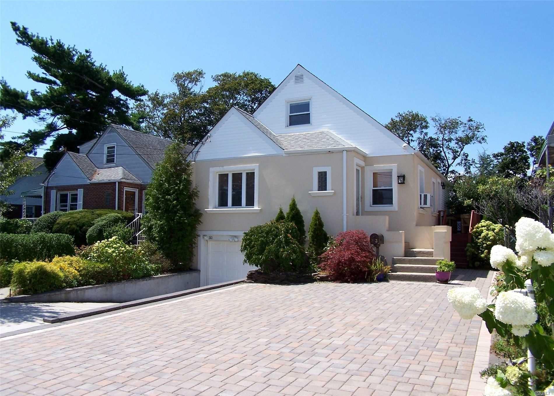 203 Sunnyside Road, Oceanside, NY 11572 - MLS#: 3241072